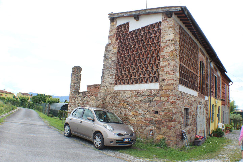 Loft vendita CAPANNORI (LU) - 5 LOCALI - 143 MQ