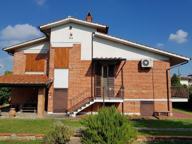 Villa vendita CASCINA (PI) - 99 LOCALI - 300 MQ