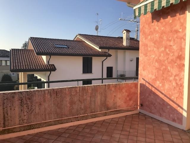 Appartamento in vendita a Salgareda, 3 locali, prezzo € 128.000   CambioCasa.it