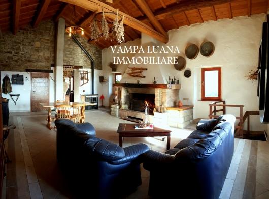 Rustico / Casale in vendita a Modigliana, 3 locali, prezzo € 270.000 | CambioCasa.it