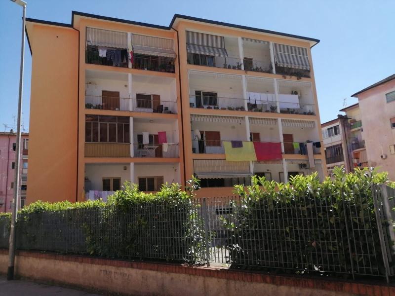 Appartamento in vendita a Benevento, 5 locali, prezzo € 80.000 | CambioCasa.it