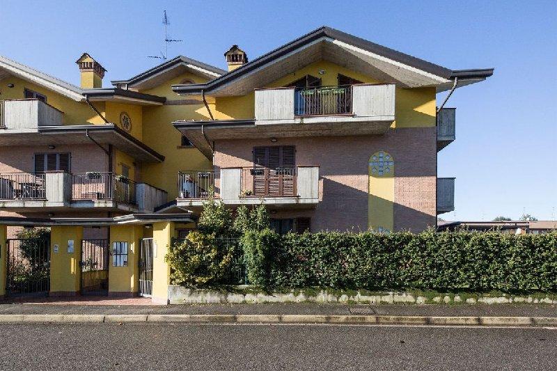 Appartamento in vendita a Rovellasca, 3 locali, prezzo € 180.000 | PortaleAgenzieImmobiliari.it