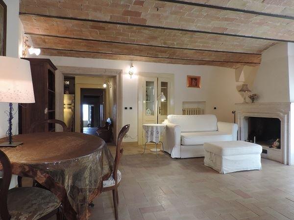 Villa in vendita a Montopoli di Sabina, 9999 locali, prezzo € 215.000 | CambioCasa.it