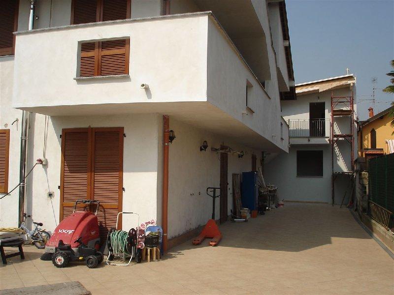 Appartamento in vendita a Seveso, 3 locali, prezzo € 255.000 | CambioCasa.it