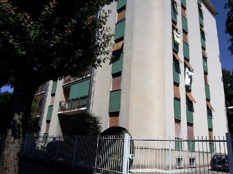 Appartamento in vendita a Seveso, 3 locali, prezzo € 105.000 | CambioCasa.it