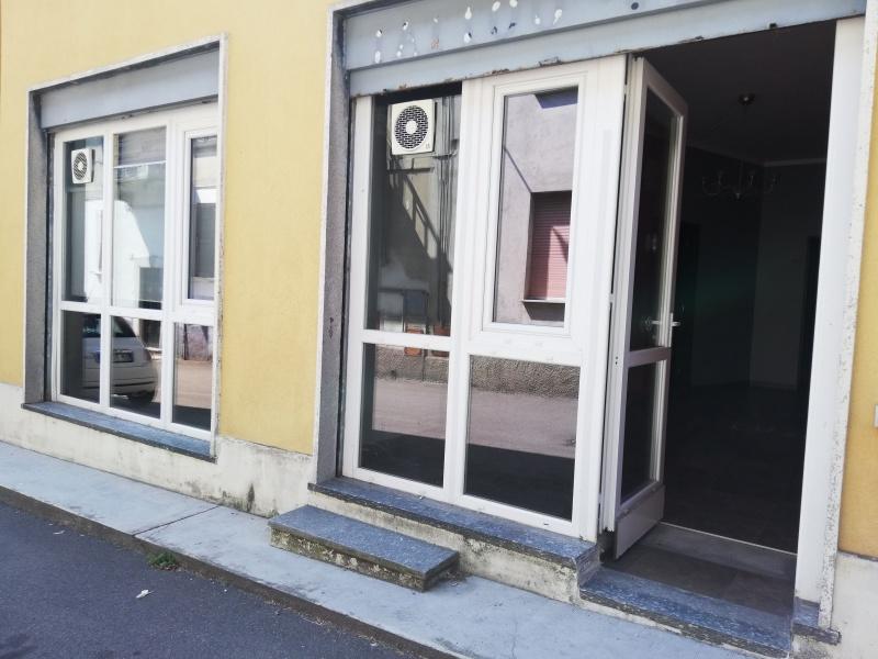 Negozio / Locale in affitto a Lentate sul Seveso, 2 locali, prezzo € 450 | PortaleAgenzieImmobiliari.it