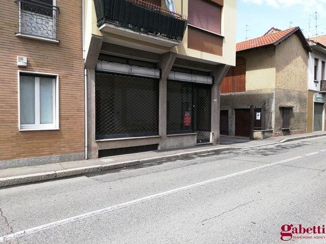 Negozio / Locale in affitto a Lentate sul Seveso, 9999 locali, prezzo € 700 | PortaleAgenzieImmobiliari.it