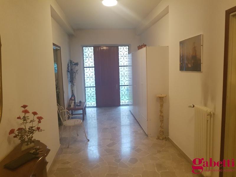 Appartamento in vendita a Lomazzo, 3 locali, prezzo € 158.000   PortaleAgenzieImmobiliari.it