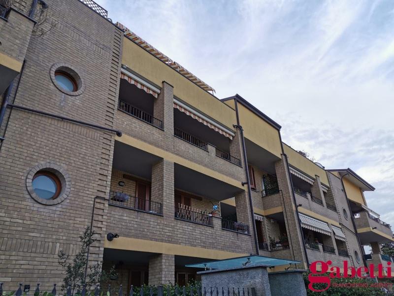 Appartamento in vendita a Seveso, 3 locali, prezzo € 164.000 | CambioCasa.it