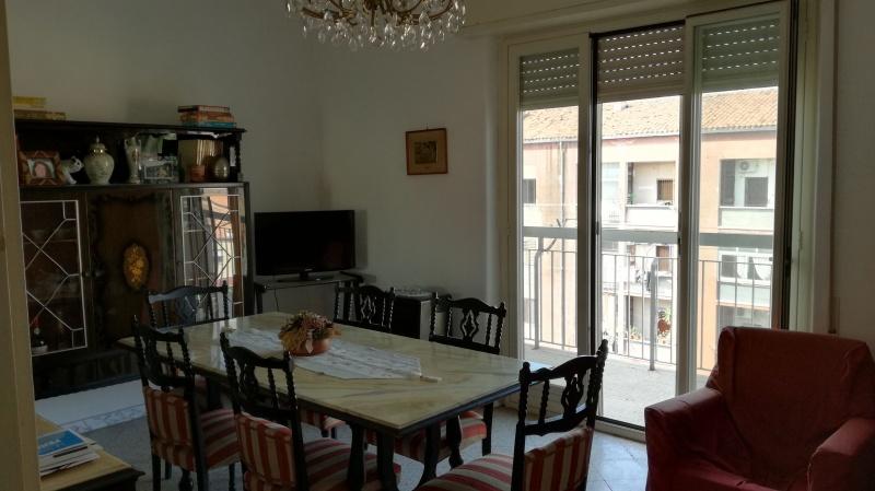 Appartamento in vendita a Catania, 3 locali, prezzo € 58.000 | CambioCasa.it