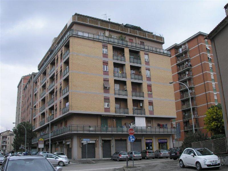 Appartamento in affitto a Terni, 2 locali, prezzo € 400 | CambioCasa.it