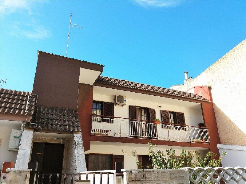 Appartamento in vendita a Cellamare, 3 locali, prezzo € 135.000   CambioCasa.it