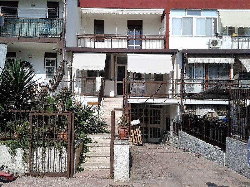 Villa in affitto a Capurso, 9999 locali, prezzo € 840 | CambioCasa.it