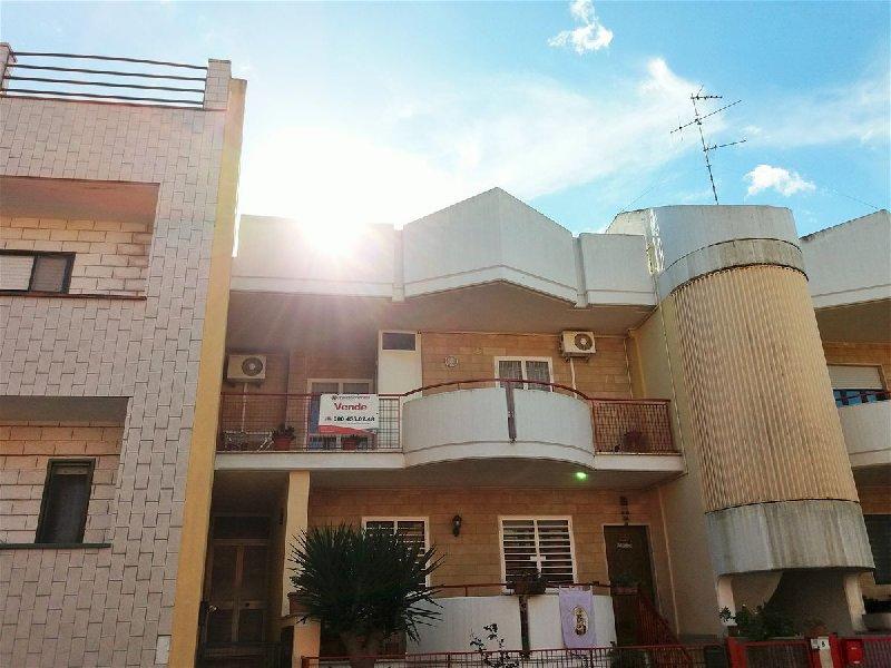 Appartamento in vendita a Cellamare, 3 locali, prezzo € 130.000   CambioCasa.it