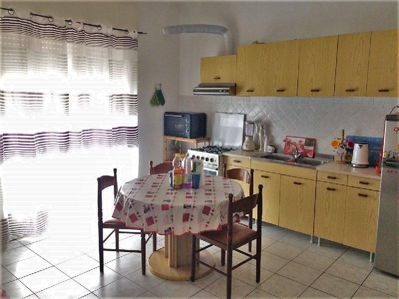 Appartamento in vendita a Albenga, 3 locali, prezzo € 129.000 | PortaleAgenzieImmobiliari.it