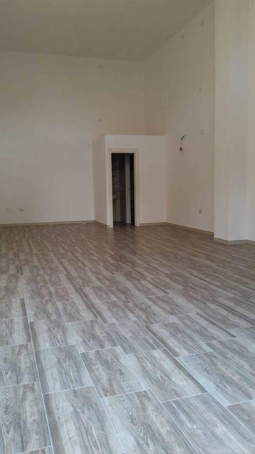 Negozio / Locale in affitto a Matera, 1 locali, zona Zona: Semicentro Nord, prezzo € 850 | CambioCasa.it
