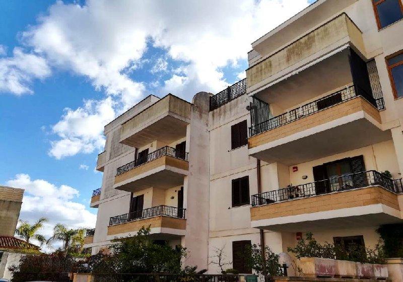 Appartamento in vendita a San Cesario di Lecce, 3 locali, prezzo € 80.000 | CambioCasa.it