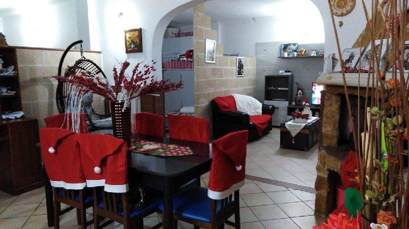 Villa a Schiera in vendita a Alezio, 9 locali, prezzo € 170.000 | CambioCasa.it