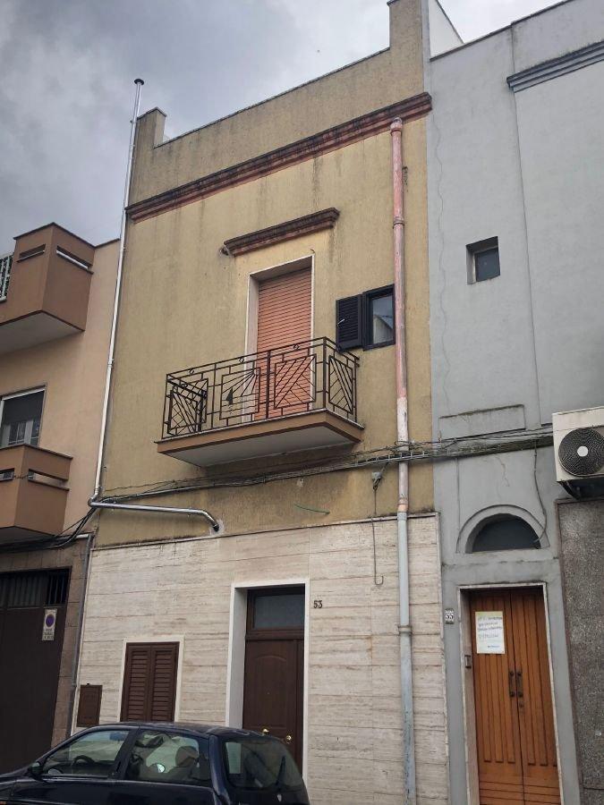 Appartamento in vendita a Francavilla Fontana, 3 locali, prezzo € 45.000 | CambioCasa.it
