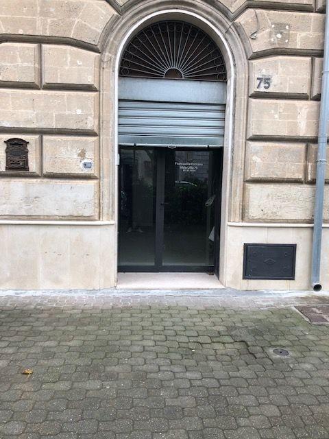 Negozio / Locale in affitto a Francavilla Fontana, 3 locali, prezzo € 450 | CambioCasa.it