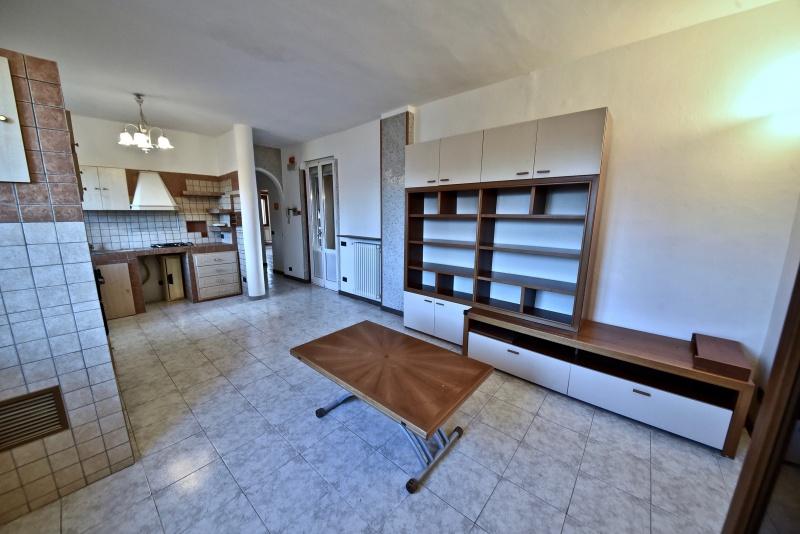 Appartamento in vendita a Senago, 3 locali, prezzo € 138.000 | PortaleAgenzieImmobiliari.it