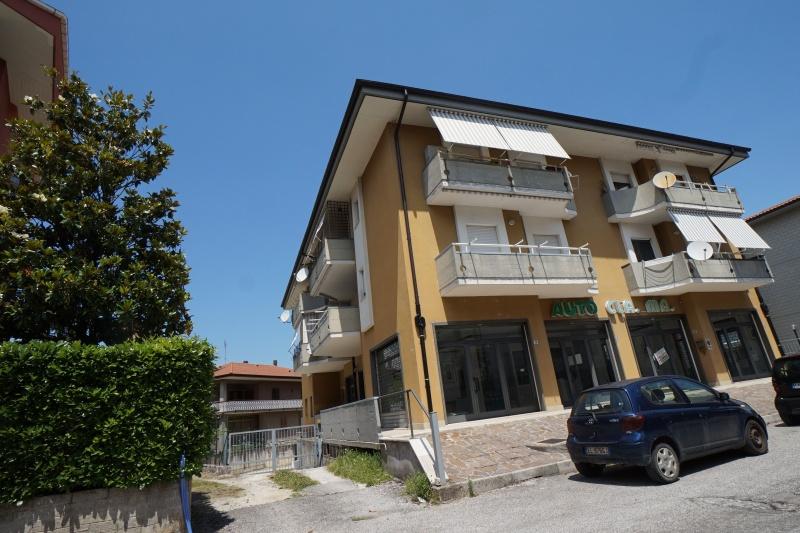 Appartamento in vendita a Rieti, 6 locali, prezzo € 150.000 | CambioCasa.it